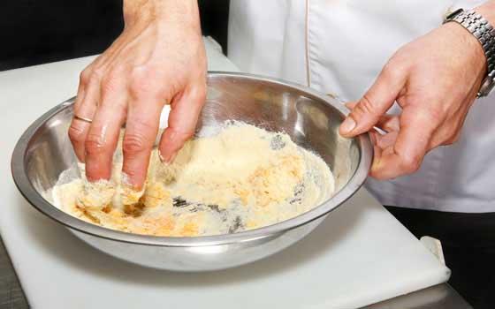 Curso online de ayudante de cocina aprendum for Ofertas de ayudante de cocina