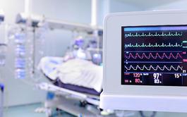Curso online de Auxiliar de Enfermería en la UCI + 3,4 Créditos CFC